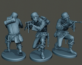 3D print model German soldier ww2 Shoot crouched G2