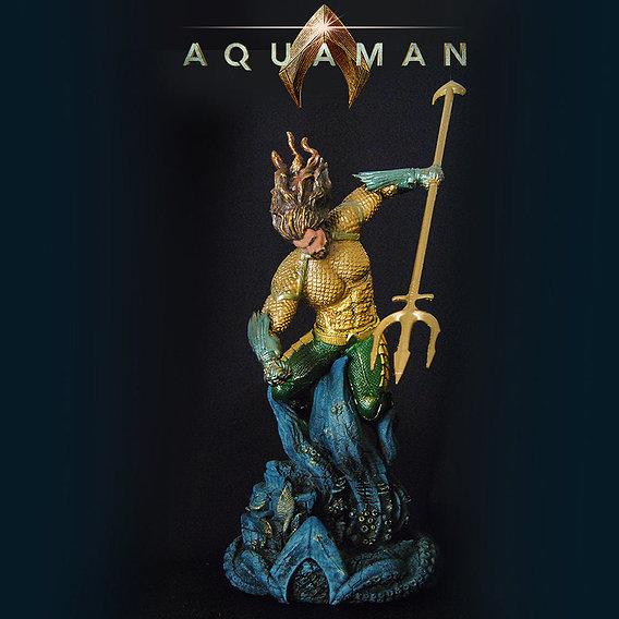 Aquaman Pose