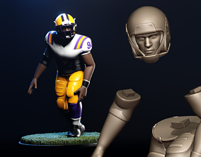3D printable model Football Player Figurine 2-Point Stance