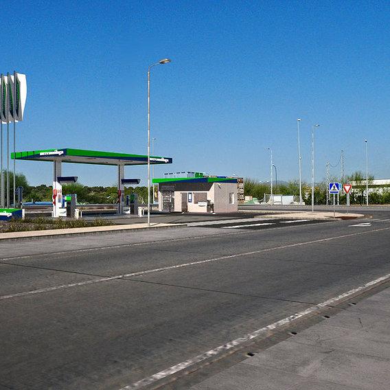 Mercamalaga Gas Station