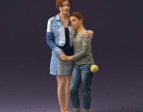 001031 woman in jeans clothes with daughter 3D