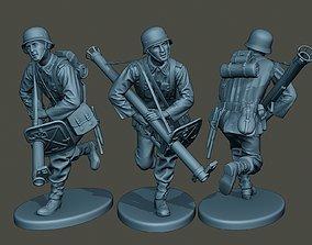 3D print model German soldier ww2 run G4